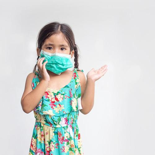 Cdo ditë ne thitim dy luge gjelle me ndotës
